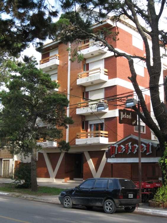 San bernardo, 2 ambientes, 4 plazas, cochera, en av. san bernardo 350