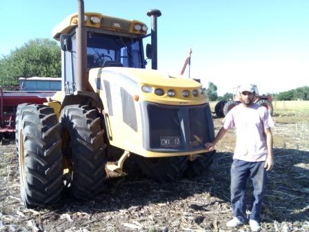 Empleo de tractorista