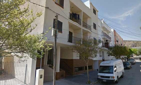 Centro: 2 dormit amoblado balcon y cochera
