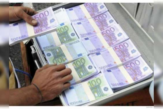 Dinero en efectivo rapido y seguro
