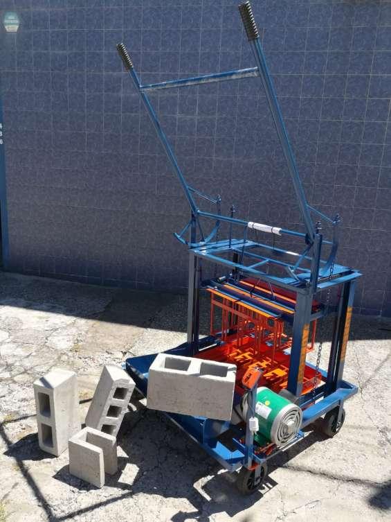 Bloqueras jauregui, maquinas para hacer blocks de arena y cemento.