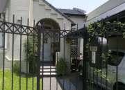Casa· 358m² · 4 ambientes · 2 cocheras